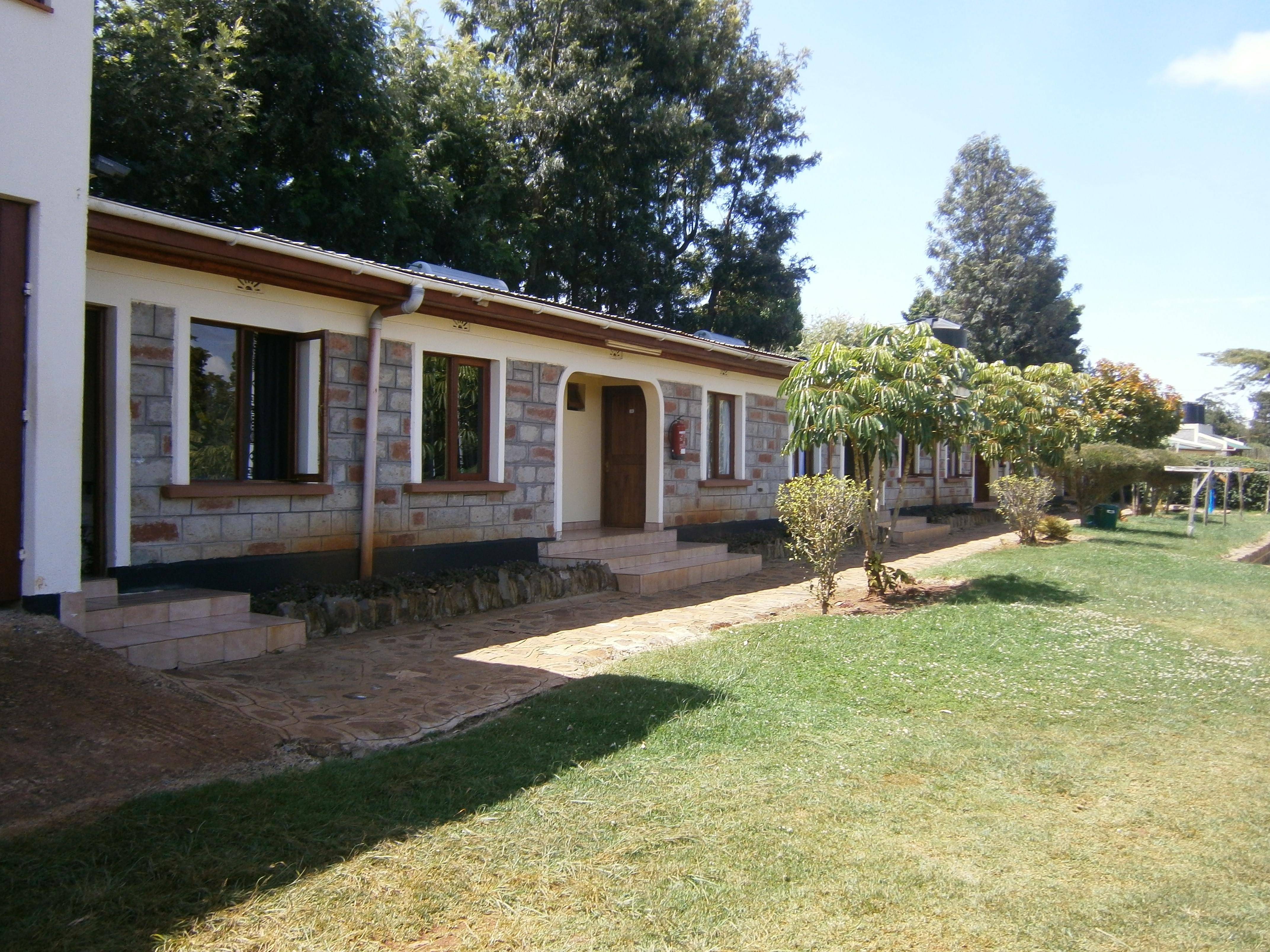 Voyage humanitaire AOUT 2014 – Rénovation de l'école ITEN PRIMARY SCHOOL