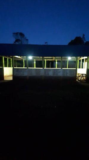 Installation de l'électricité, rénovation de classes et construction d'une salle informatique à Iten Primary School